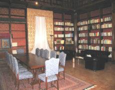 Restauro di mobili antichi a palazzo del Collegio Romano