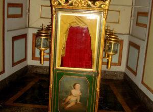 Restauro mobili antichi nella Reggia di Caserta